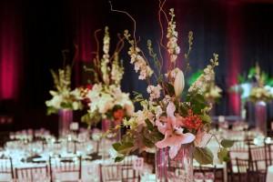 dramatic floral centerpieces